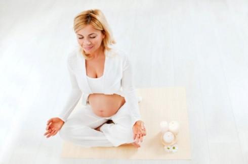 meditacija 490x325 7  načina da ostanete koncentrisani u trudnoći