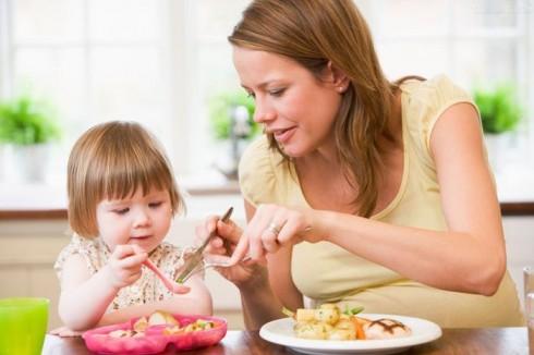 fit ishrana 490x326 Kako naučiti dete da prepozna osećaj sitosti