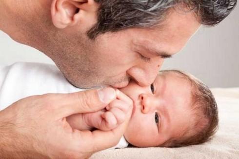 tata 490x326 Koliko je važna uloga oca u porodici?