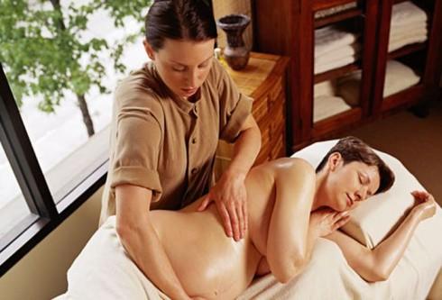 masaža trudna žena