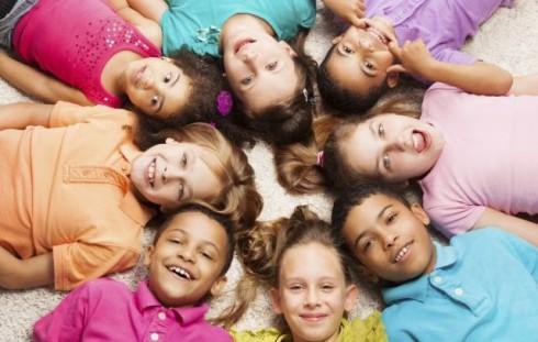ThinkstockPhotos 4781414071 490x311 O deci: najlepše misli umnih ljudi o mališanima