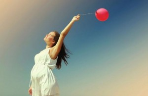 trudnica i balon manja 187169322 300x194 Naslovna