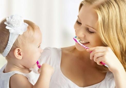 pranje zubica manja 186251400 490x344 Nega: pravilno pranje zubića