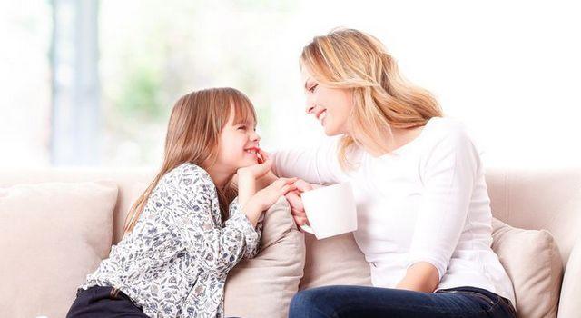 mama i cerka razgovaraju manja ThinkstockPhotos 510305410 640x350 Naslovna