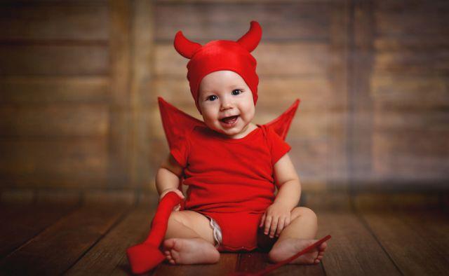 Ti-mali-djavoli-Ako-bih-vam-rekla-da-su-bebe-mala-cudovista-da-li-biste-mi-verovali
