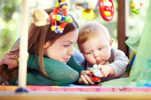 beba21 490x326 Kako da se igrate sa bebama?