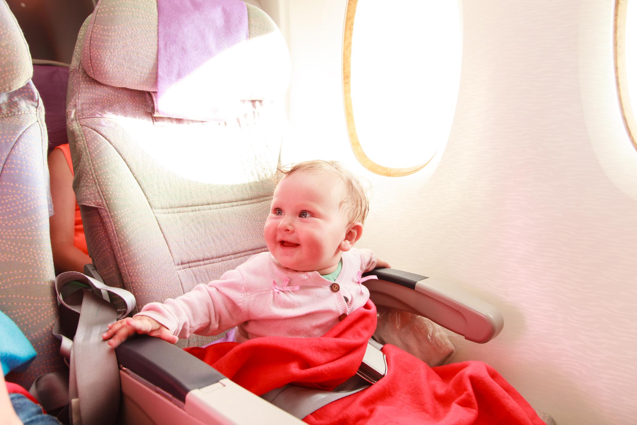 ThinkstockPhotos 515264196 Spremni za putovanje: Kada beba može da se vozi avionom?